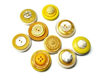 Decorative Magnets, Vintage Yellow  Magnets,  Honey Colored Magnet Set, Repurposed Vintage Buttons, Yellow Decor