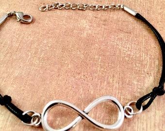 Infinity Bracelet, charm bracelet, forever charm, silver charm bracelet, for Couples, Girlfriend Bracelet, Mother Daughter, Gift for her
