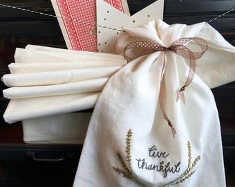 hand embroidery kit | embroidery kit | holiday embroidery kit | DIY embroidery | live thankful tea towel kit