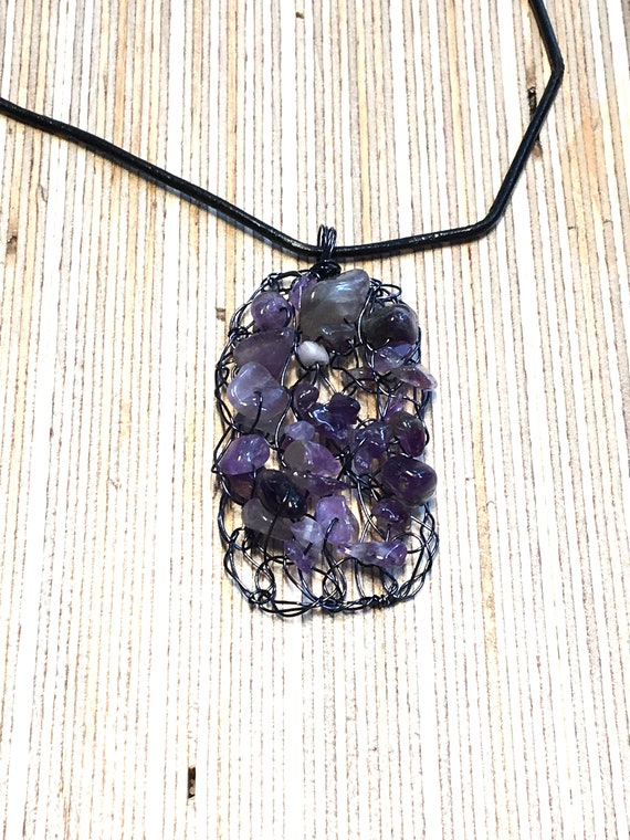 SJC10311 - Handmade black coated copper wire crochet rectangular pendant necklace with amethyst gemstone chips