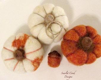 3 Pumpkins, Fall Decoration, Harvest Decor, Needle Felt Pumpkin, Thanksgiving Decor, Fall Centerpiece, Autumn Decoration, Made to Order
