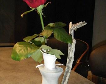 Vase Soliflore Romantique, porcelaine et béton