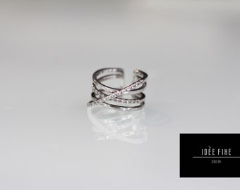 Criss Criss Criss Cross Expandable One Size Ring