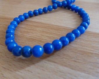 16 jade beads round 6mm royal blue