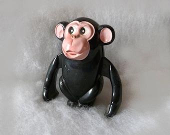 Wind up monkey toy Clockwork Black ape Mechanical jumping animal Old chimp doll Plastic Attached key hopping clock work Windup figurine