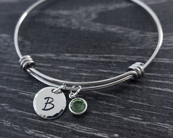 Initial Bracelet / Wire Bangle / Mother Gift / Personalized Initial Jewelry / Charm Bracelet  / Hand Stamped