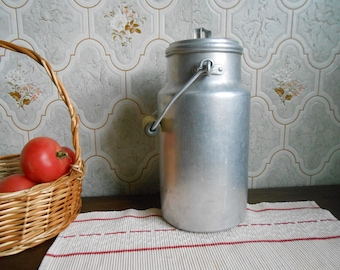 Vintage large aluminum silver milk churn with wooden handle, milk can, kitchenware, canister, rustic kitchen, cottage chic, 1950s home decor