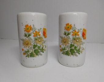 Vintage Floral Salt U0026 Pepper Shakers ...