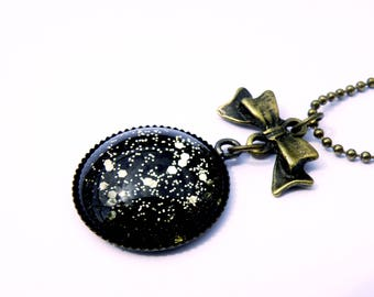 Spirit necklace retro black cabochon and glitter gold - cabochon necklace