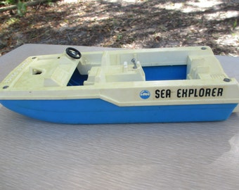 Fisher Price Sea Explorer Boat, Speed Boat, Toy Boat, Vintage Toy