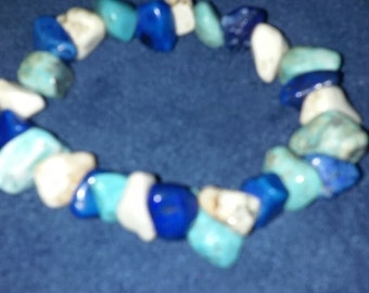 FREE SHIPPING Bracelet made with 10-12mm stone nuggets