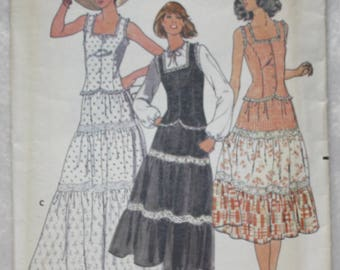 """Sz 10 Bust 32.5""""  Vintage  Butterick  Sewing Pattern 6053 Tiered Peasant Skirt and Princess Seamed Top"""