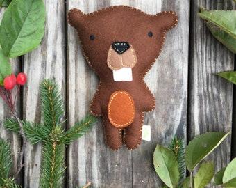 Felt Stuffed Beaver, Felt Beaver, Felt Beaver toy, Woodland Critter, Woodland Nursery
