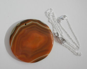 Beautiful Golden Brown Round Agate Gemstone Pendant Necklace-Mothers Day Jewelry, Valentines Day Jewelry, Anniversary Jewelry, Gemstone