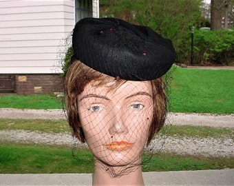 Vintage 30s Tilt Hat Veil Black Felt Pillbox Net Pink Puff New York Creations
