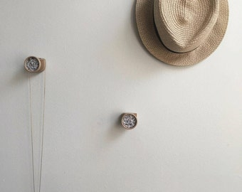 Wall art 'marble effect' buttons (3)