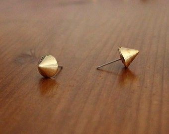 Gold spike stud earrings, Plastic gold earrings, Cyber goth spike studs, Gold gothic stud, Electro industrial studs, gold punk stud earring