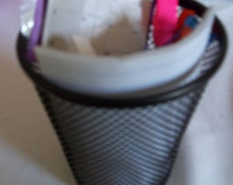 "18"" doll sized Wastebasket with School Supplies 408E"