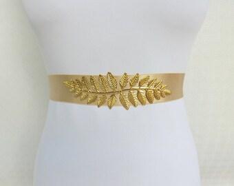 Champagne elastic waist belt. Gold leaf centerpiece. Grecian style waist belt. Wide belt. Bridal belt.