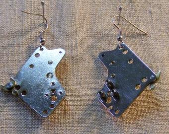 A pair of handmade industrial Ear pendant,Earrings,Gift,Steampunk Jewelry
