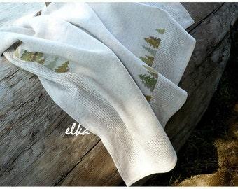Linen tablecloth with hand embroidery / Скатерть льняная с ручной вышивкой