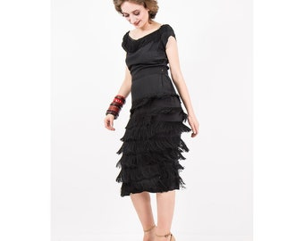 Vintage fringe dress / 1950s black rayon wiggle dress / Chainette fringe / Little Black dress / S M