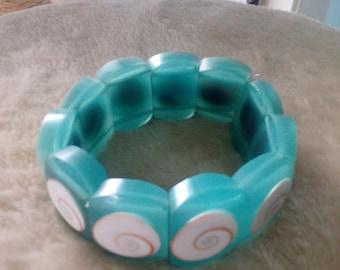 Green Seashell Bracelet