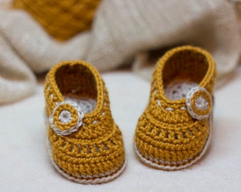 CROCHET PATTERN for Baby Autumn Colors  booties - Cheap Crochet Boot Pattern, Booties Pattern, Baby Girl Boots, PDF pattern, orange