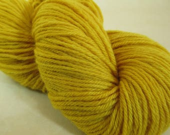Natural Dye Wool Yarn - Worsted-Weight - Goldenrod Botanical Dye - YAW101714 - 100 grams