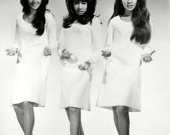 The Ronettes in 1966 - 5X7, 8X10 or 11X14 Publicity Photo (BB-856)
