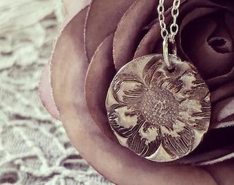 Petals necklace