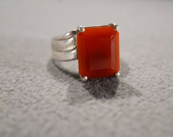 Vintage Sterling Silver Band Ring Prong Set Rectangle Carnelian Straight Lined Setting Art Deco Style, Size 6