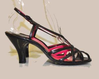 Vintage 1940s Slingback Black Sandals Heels | by Hines | Size 7