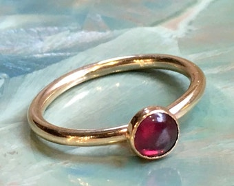 Garnet ring, January birthstone ring, Gold ring, Gold Filled ring, stacking ring, custom ring, dainty ring, stone ring - So happy R2455