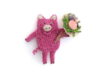 Pig holding a flower bouquet brooch - pig jewelry, pig brooch, cute animal jewelry