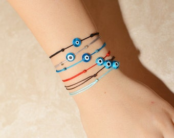 Red Kaballah Bracelet / Evil Eye Bracelet / Good Luck Bracelet / Red String Bracelet / Red Thread Bracelet / Charm Bracelet