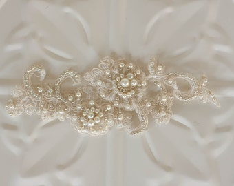 Bridal Hair Accessory, Pearl and Lace Bridal hairpiece