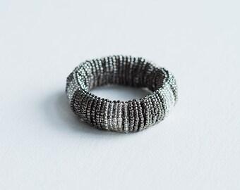 bracelet perles de verre /gris et argent/ fait main/ reversible