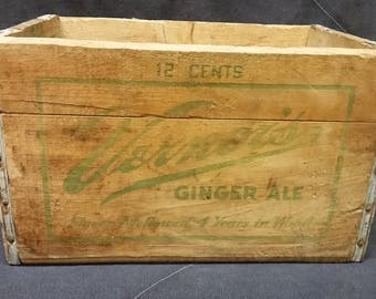 Vintage Vernor's Ginger Ale 12 Cents Wood Soda Crate