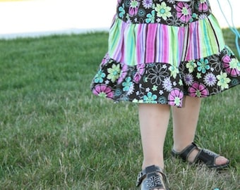 TUTORIAL Twirl Skirt PDF Pattern for Girls and Baby sizes 3-6months to youth 12. Instant Download.