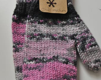 Ready made : pink varigated mittens (child medium)