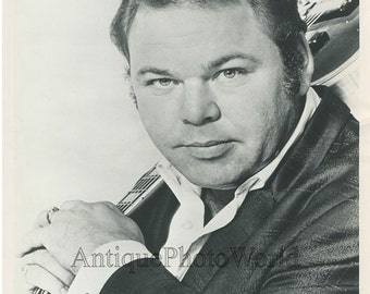 Roy Clark country performer vintage music photo