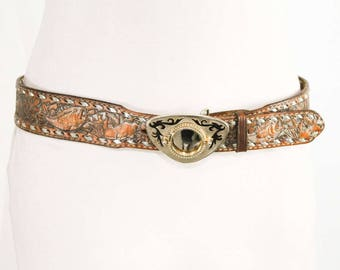Men's Medium Belt - 1970s Tooled Look Leather - Brassy Metal Buckle to Showcase A Coin - Western Cowboy Hunting & Fishing - Waist 36 - 48952