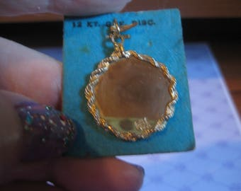 12KT Gold Filled Disc with Twisted Rope Edge on Original Card Marked Crea