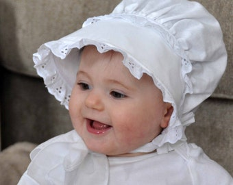 White Bonnet with Eyelet Lace, White Cotton with eyelet trim, Fabric Sun Bonnet, Beautiful Fit