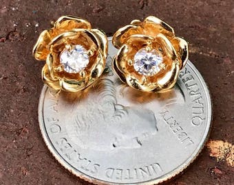 Gorgeous Solid 14k Yellow Gold and CZ Plumeria Flower Stud Earrings!