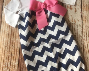 Newborn Layette, Infant Gown, Baby Gown - Girl -  Coming home outfit -  Navy Chevron with Taffy Pink Bow