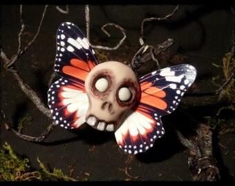 Strange evil doll Butterfly - hair clip