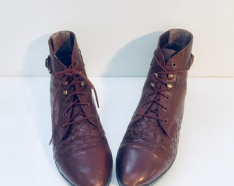 Leather Lace Up Ankle Boots Size 9 M 40 41 made in Brazil by Anne Wells