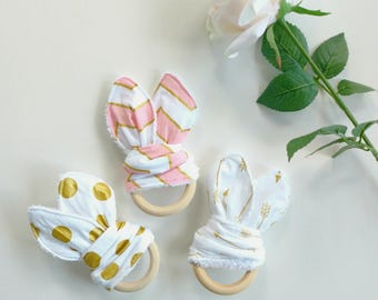 Crinkle Bunny Teething Toy // Teething Ring // Infant Teether Toy // Wooden Teething Ring // Baby Shower Gift // Teething Wood Toy